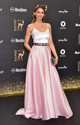 Eva Padberg at Bambi awards at Theater am Potsdamer Platz. Berlin, Germany - 16.11.2017 Featuring: Eva Padberg Where: Berlin, Germany When: 16 Nov 2017 Credit: AEDT/WENN.com
